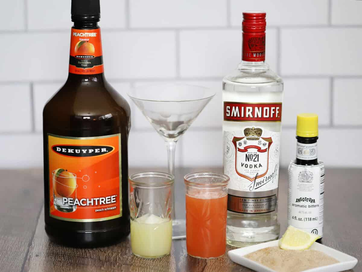 The ingredients for peach pie martinis