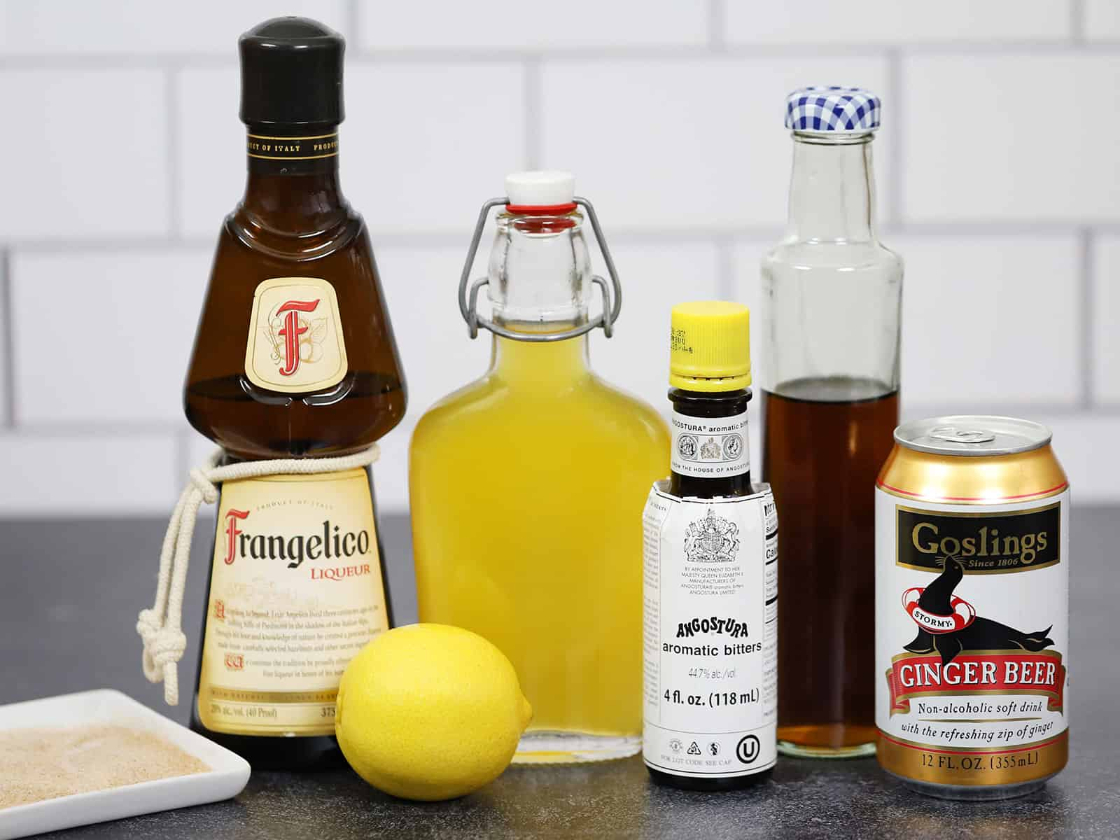The ingredients for pumpkin pie martinis